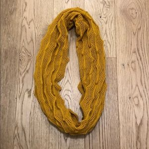 Mustard yellow knitted scarf